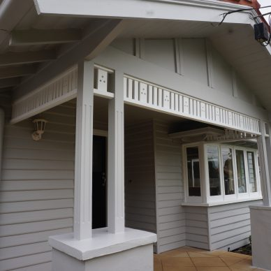 Malvern Grey Weatherboard Painting