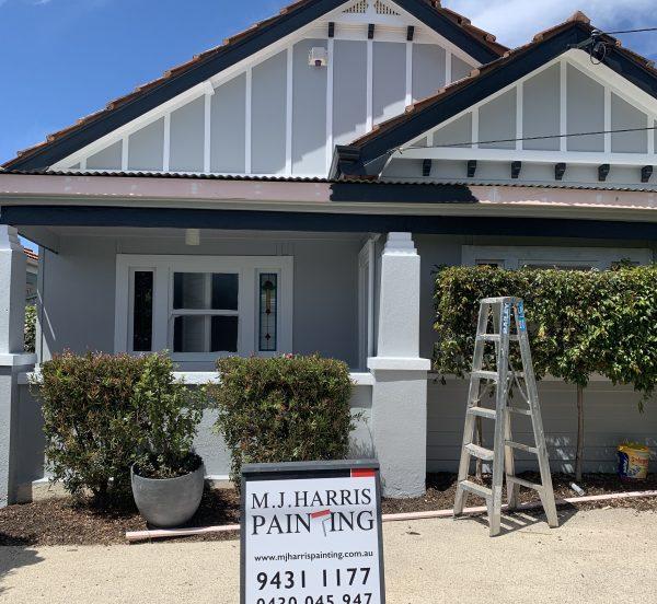 Weatherboard house in Footscray Melbourne MJ Harris Paintin