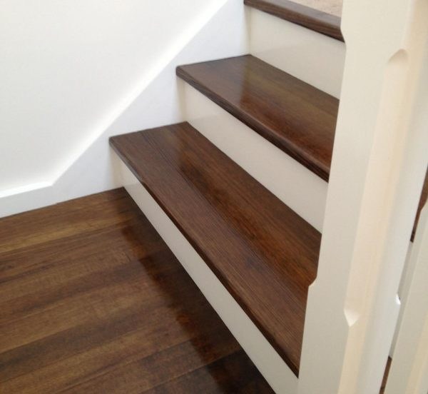Timber Staining by MJ Harris Painting